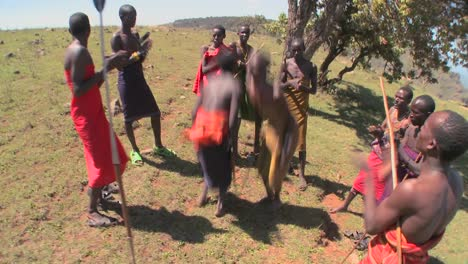 Masai-warriors-perform-a-ritual-dance-in-Kenya-Africa-6