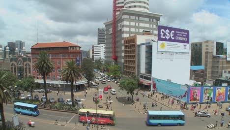 Escena-De-Una-Calle-Concurrida-En-Nairobi-Kenia-2