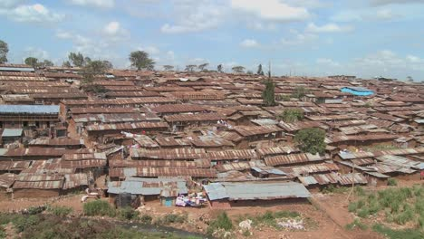 An-overview-of-a-slum-in-Kenya