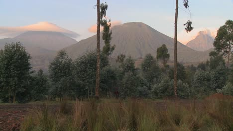 A-wide-shot-of-the-Virunga-volcano-chain-on-the-Rwanda-Congo-border