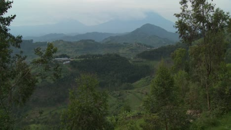 The-lush-landscapes-surrounding-the-Virunga-volcanos-on-the-Congo-Rwanda-border