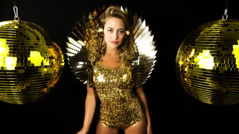 Gold-Woman-6