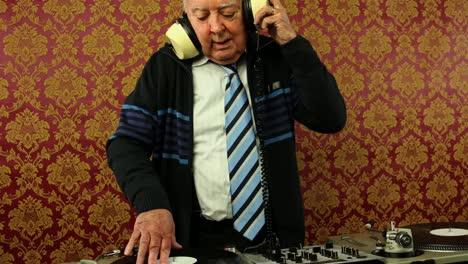 Grandpa-DJ-02