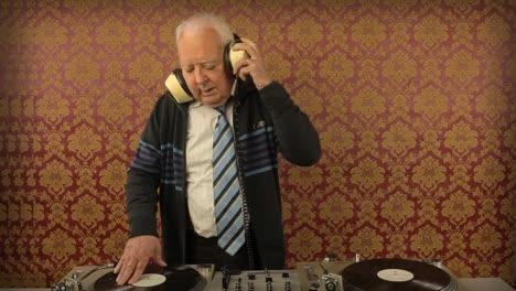 Grandpa-DJ-Vid-00