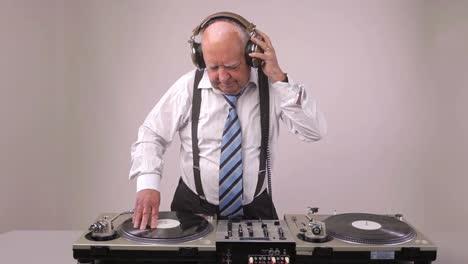 Grandpa-DJ-Vid-01