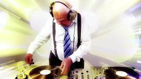 Grandpa-DJ-Vid-05