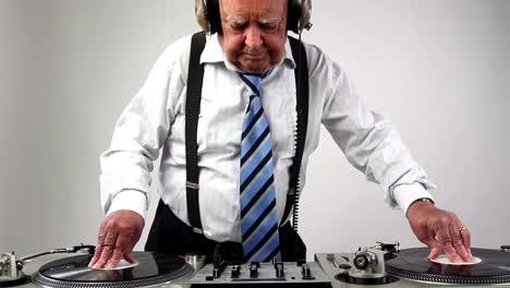 Grandpa-DJ-Vid-07