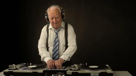 Grandpa-DJ-Vid-12