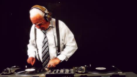 Grandpa-DJ-Vid-14