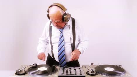 Grandpa-DJ-Vid-19