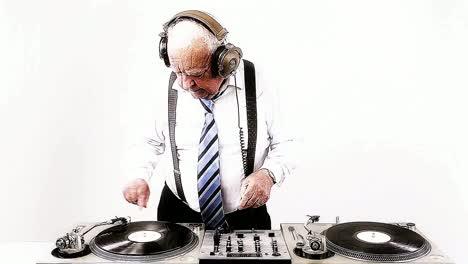 Grandpa-DJ-Vid-20