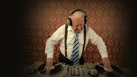 Grandpa-DJ-Vid-21