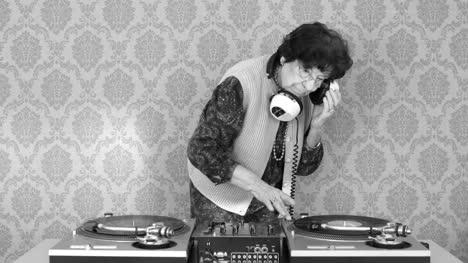 Granny-DJ-07