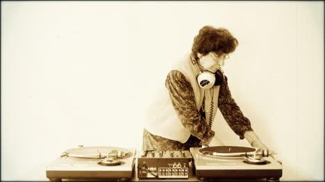 Granny-DJ-Filter-00