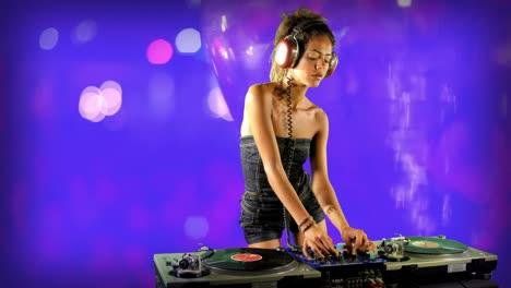 Woman-DJ-23