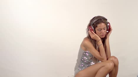 Woman-Listening-to-Music-0-42