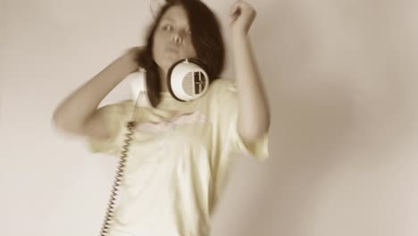 Woman-Dance-Studio-13