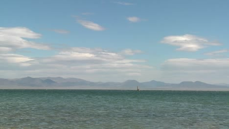 Time-lapse-over-Mono-lake-California-1