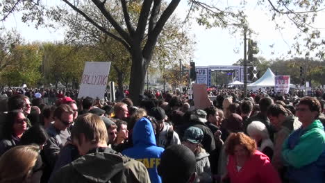 Large-crowds-gather-on-the-Washington-DC-mall-during-a-political-protest