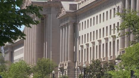 The-US-Treasury-Building-in-Washington-DC-1