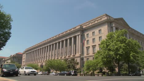 The-US-Treasury-Building-in-Washington-DC-2