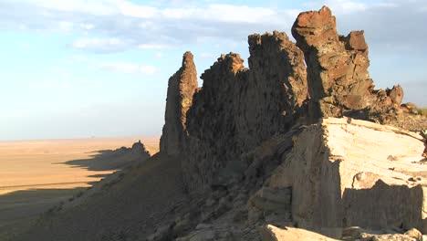 Rocky-outcroppings-near-Shiprock-New-Mexico