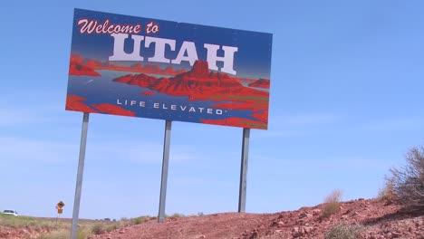 A-roadside-sign-welcomes-visitors-to-Utah