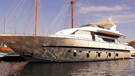 Marseille-Superboat-04