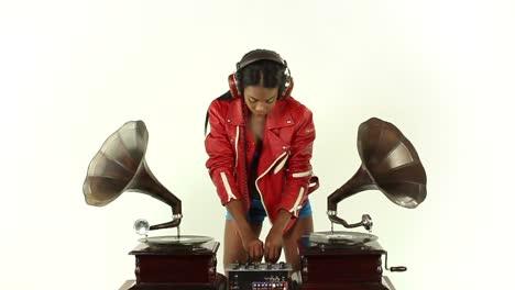 Woman-Dance-DJ-35