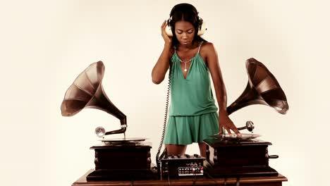 Woman-Dance-DJ-82