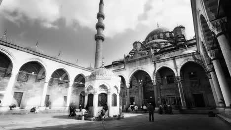 Mosque-Inside4