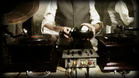Oldman-DJ-01