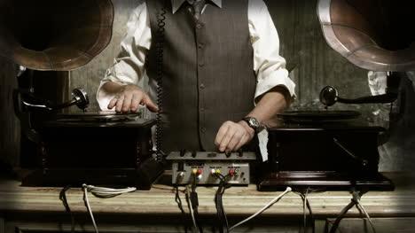 Oldman-DJ-03