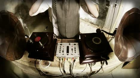 Oldman-DJ-04