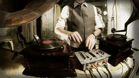 Oldman-DJ-05