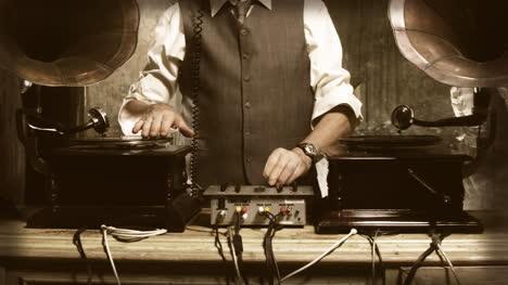 Oldman-DJ-06