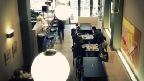 Restaurant-Timelapse-03