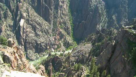 A-deep-canyon-in-the-Gunisson