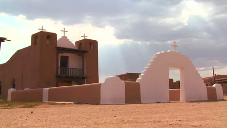 An-old-adobe-church-stands-at-the-Taos-pueblo-in-New-Mexico
