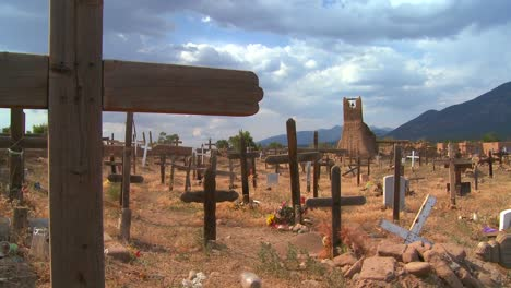 Christian-graves-and-crosses-in-the-Taos-pueblo-cemetery