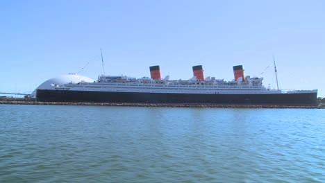 POV-from-a-boat-near-the-Queen-Mary-in-Long-Beach-harbor
