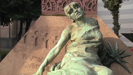 A-sculpture-in-a-cemetery-seems-to-be-suffering-1