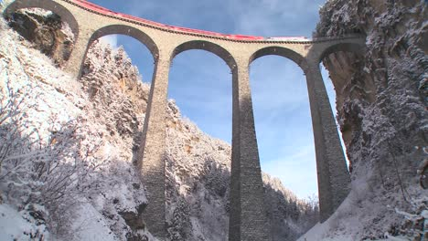 A-train-in-Europe-crosses-a-remarkable-bridge-and-plunges-directly-into-a-tunnel-2