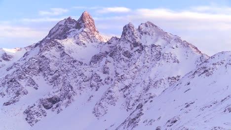 Beautiful-panorama-of-the-Swiss-Alps-2