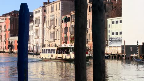 Riverboats-pass-on-the-canals-of-Venice-Italy