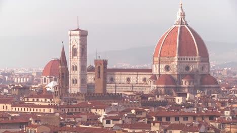 A-beautiful-establishing-shot-of-Florence-Italy-2