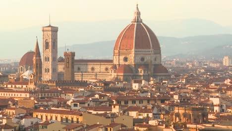 Establishing-shot-over-Florence-Italy-1