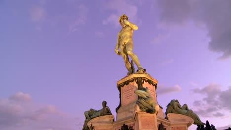 Estado-De-David-Al-Atardecer-En-Florencia-Italia-1