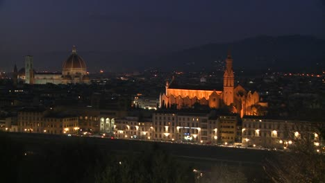 Florence-Italy-by-night-3