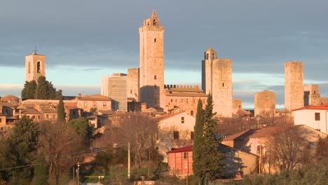 The-beautiful-town-of-San-Gimignano-in-Italy-2